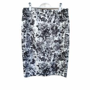 Mack + Liam Monochrome Floral Pencil Skirt M